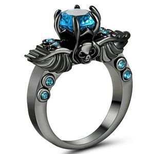 2 CT Vintage Round Sapphire Skull Wing Ring - 6